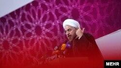 Президент Ирана Хасан Роухани выступает перед учеными и духовенством. Тегеран, 3 июля 2013 года.