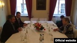 Andrei Galbur la întrevederea cu Rose Gottemoeller (NATO) la Conferința de Securitate de la München