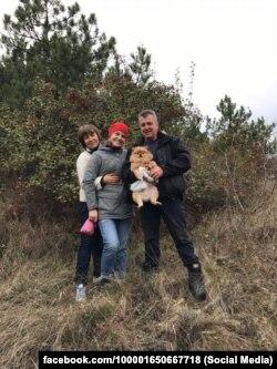 Оксана Верлан із батьками