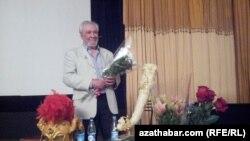 Türkmen kinorežissýory Alty Artykow, Moskwa, 22-nji may, 2013.