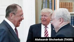 U.S. President Donald Trump (C) at a meeting last week with Russian Foreign Minister Sergei Lavrov (L) and Russian Ambassador to the United States Sergei Kislyak