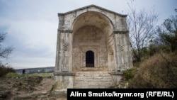 Мавзолей Джанике-ханум, дочери Тохтамыша, золотоордынского хана, построенный в 1437 году