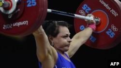 Светлана Подобедова, казахстанская тяжелоатлетка.