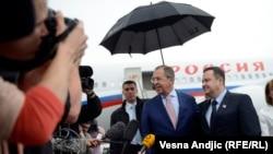 Sergej Lavrov i Ivica Dačić na aerodromu, Beograd, 16. juni 2014.