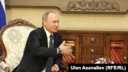 Kyrgyzstan Bishkek CIS Sammit Atambaev and Putin September 16, 2016