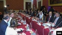 Участники встречи министров иностранных дел «Большой семерки» ведущих индустриально развитых стран. Лукка, 11 апреля 2017 года.