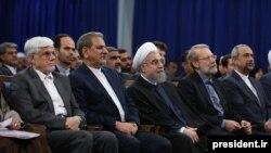 آقای الویری میگوید که در انتخابات پیش رو، محمدرضا عارف و اسحاق جهانگیری بخت تأیید صلاحیت شدن را دارند.