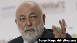 Viktor Vekselberg (file photo)