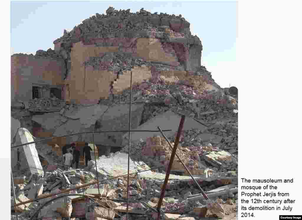 Место в Мосуле, где раньше стояли мечеть и мавзолей пророка Даниила (Мазар Ходжи Данияра), разрушенные в июле 2014 года
