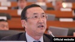 Экс-министр транспорта и коммуникаций, депутат ЖК КР Нурлан Сулайманов.