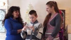 «Ми щодня молились, щоб Господь зберіг наш дім» – школярка з Красногорівки (відео)