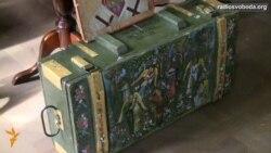 У Празі купували ікони на ящиках від набоїв