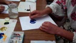 Творчі секрети відомої майстрині петриківського розпису