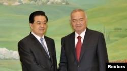 Ислом Каримов ва Ху Цзинтао Тошкентда, 2010 йил 9 июн.