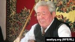 Күйші Ғизат Сейітқазыұлы. Алматы, 3 сәуір 2011 жыл.