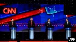 Kandidatët republikanë gjatë një debati në Florida, 10 mars 2016