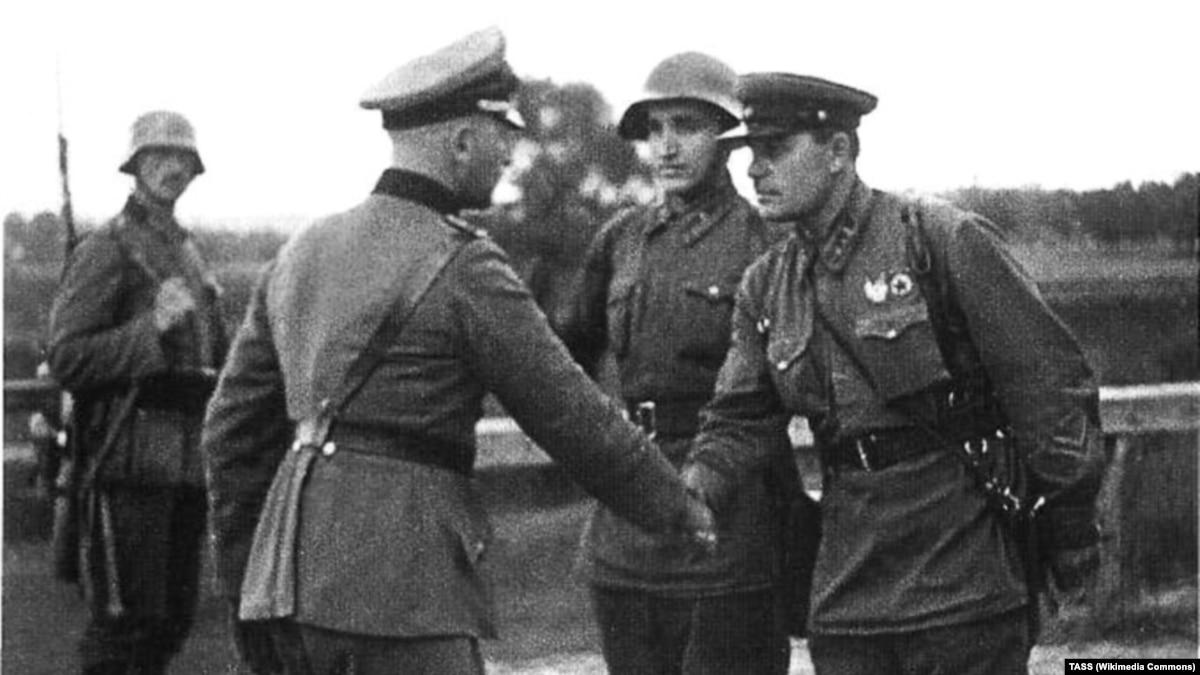 Россия и Евросоюз. Призраки Второй мировой войны возвращаются в юбилейный год