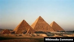 Egypt -- the pyramids of Giza