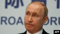 ولادیمیر پوتین میگوید تاکنون نه عربستان و نه هیچ کشور عضو اوپک رسما به روسیه اطلاع ندادهاند که قصد افزایش تولید نفت دارند