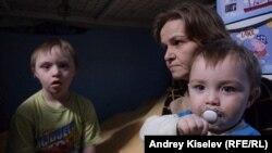 Елена с сыном и внуком
