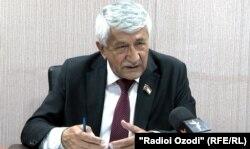 Фаридун Ҳакимов