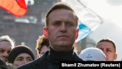 Оппозициячыл саясатчы Алексей Навальный Москвадагы митингде, 29-февраль 2020-жыл.