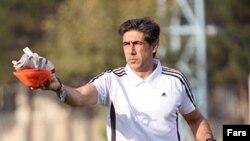 افشین قطبی، پس از کنارهگیری مایلیکهن هدایت تیم ملی ایران را برعهده گرفت.