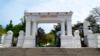 Ворота-пропилеи главного входа на Малахов курган в Севастополе