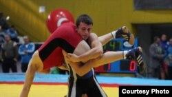 Дејан Митров, македонски репрезентативец во борење слободен стил.