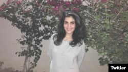 لُجَین الهَذلول، فعال حقوق زنان و از چهرههای منتقد سیاستهای عربستان، پس از آزادی از زندان