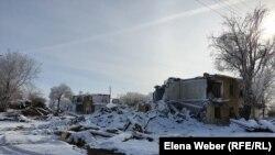 Снесенные дома в поселке Жезказган Карагандинской области. 17 декабря 2020 года.