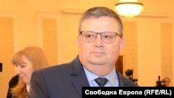 Бившият главен прокурор Сотир Цацаров сега оглавява антикорупционната комисия (КПКОНПИ)