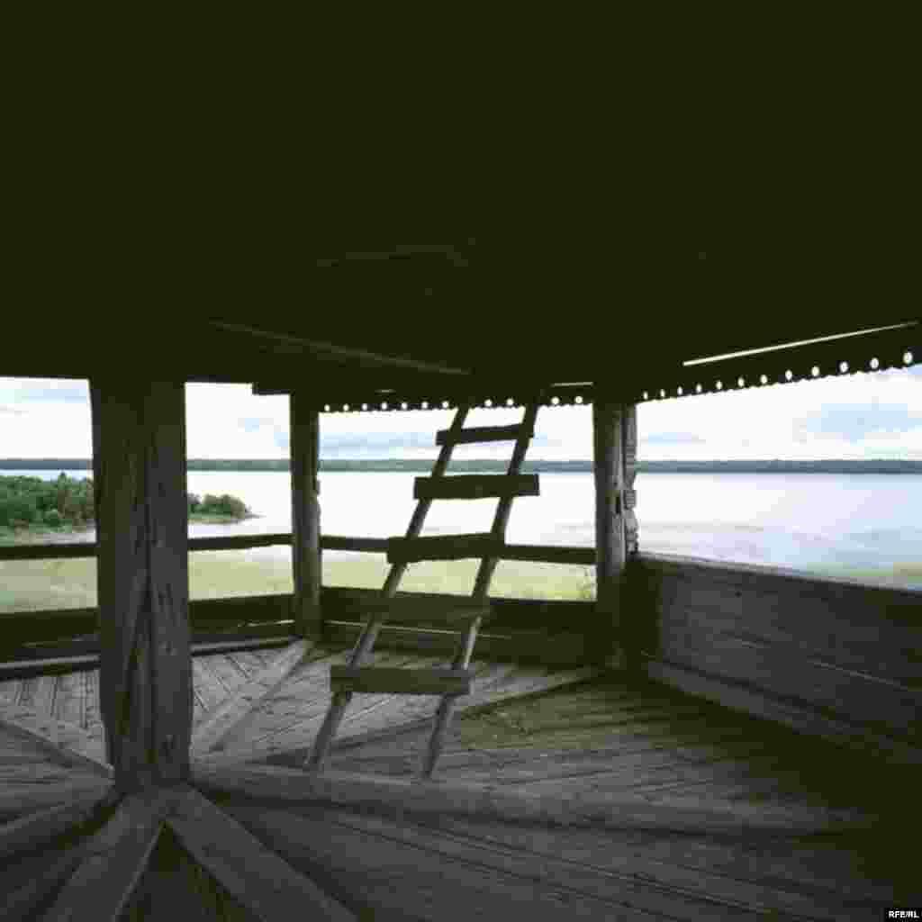 Russia's Vanishing Wooden Churches #6