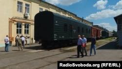 Новий вагон для бійців, які супроводжують військову техніку, від «Укрзалізниці»