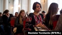 Студенты на открытии Таврического национального университета им Вернадского в Киеве. 26 сентября 2016 года