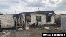 В пожаре в селе Дурниха Раменского района погибли трое мужчин и три женщины.