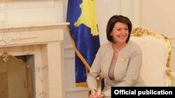Presidentja e Kosovës, Atifete Jahjaga,