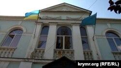 Будівля Меджлісу кримськотатарського народу в Сімферополі