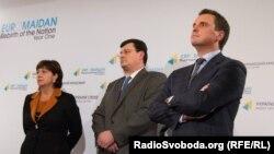 Міністри-іноземці в українському уряді (зліва направо) Наталія Яресько, Олександр Квіташвілі і Айварас Абромавічус