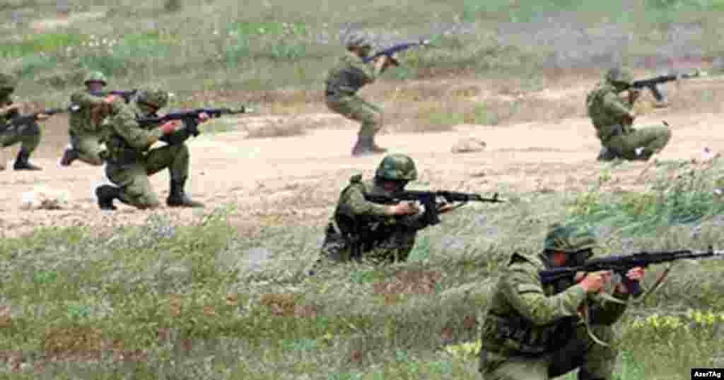 Бойцы азербайджанской армии
