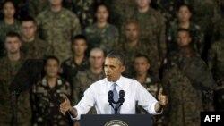 Обама Филиппинда чиқиш қилмоқда.