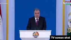 Тожикистон президенти Эмомали Раҳмон 26 декабрь куни мамлакат парламентига йиллик мурожаатини йўллади.