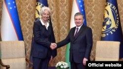 Президент Узбекистана Шавкат Мирзияев и Директор-распорядитель МВФ Кристин Лагард. Пекин, 25 апреля 2019 года. Фото с сайта президента РУз.
