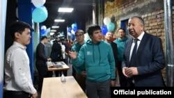 Жогорку технологиялар паркынын жаңы кеңсесинин ачылышында. Вице-премьер-министр Кубатбек Боронов, Алтынбек Исмаилов. 30-ноябрь, 2019-жыл.