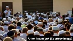 Крымские татары молятся за Ильми Умерова