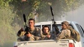 სპეცდანიშნულების რაზმის წევრები საქართველო-რუსეთის საზღვრისკენ მიმავალ გზაზე