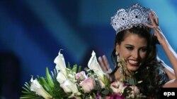 Новая Мисс Вселенная - Стефания Фернандес