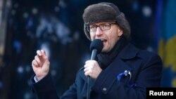 Арсеній Яценюк, 2 лютого 2014 року