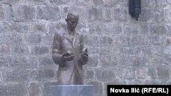 Spomenik Tesli u Užicu, na zapadu Srbije