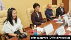 Группа туристов из Китая, Симферополь, 22 сентября